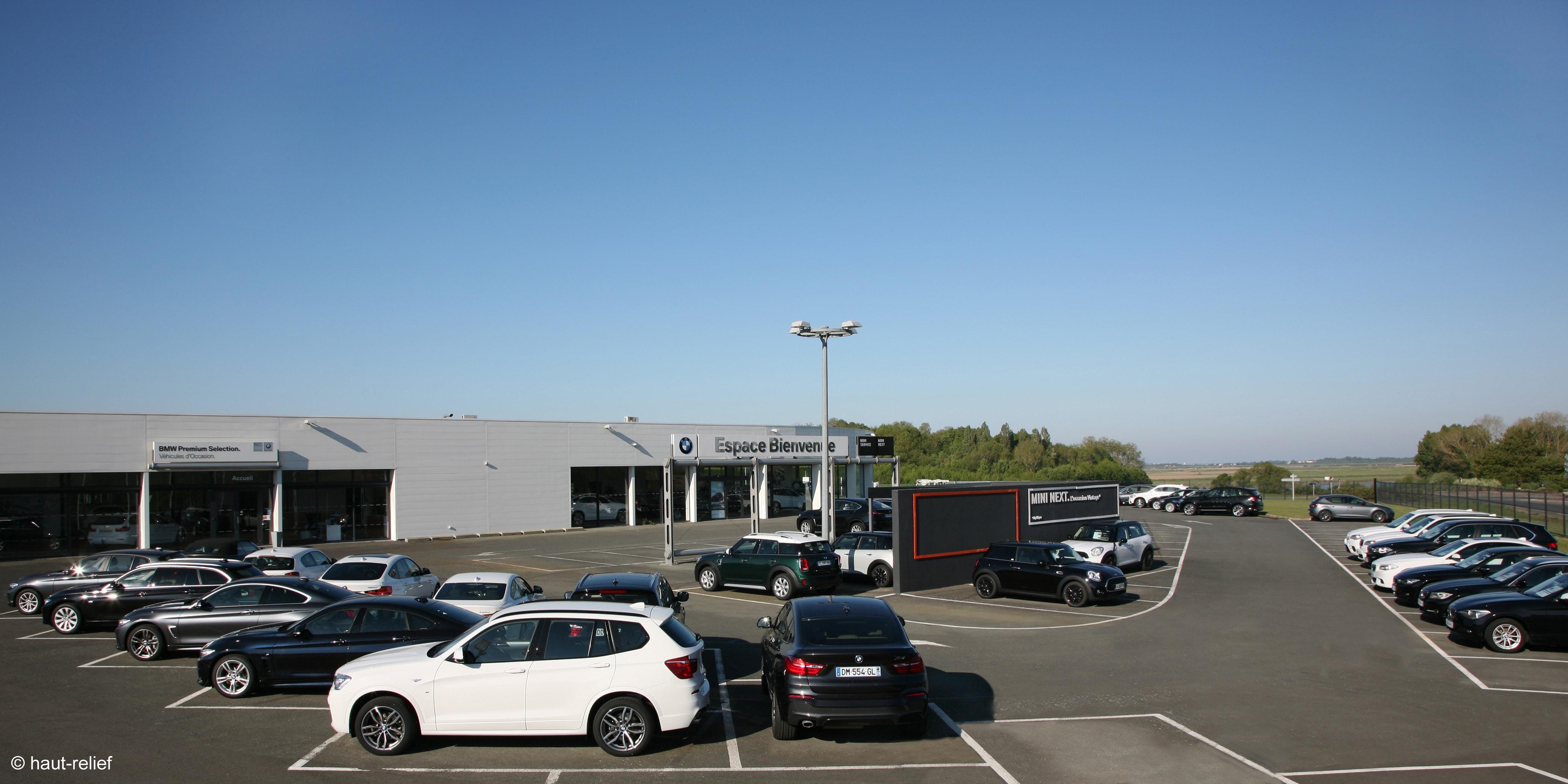 Photographie d'entreprise concession automobile BMW de Rochefort